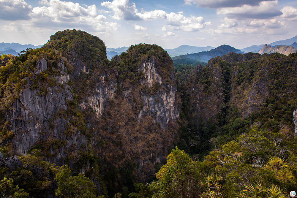 Tiger Cave Mountain Temple, Best Viewpoints to Hike and Photograph in Krabi, Thailand